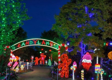 Hunter Valley Gardens Christmas Lights {Hunter Valley}