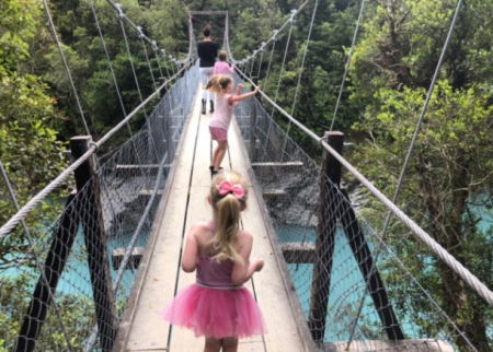 Fun nature walks for kids in New Zealand